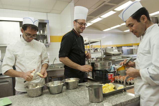 14 mars 2012, formation cuisine au Lycée professionnel Sacré-Cœur d'Apprentis d'Auteuil à Thiais (94)
