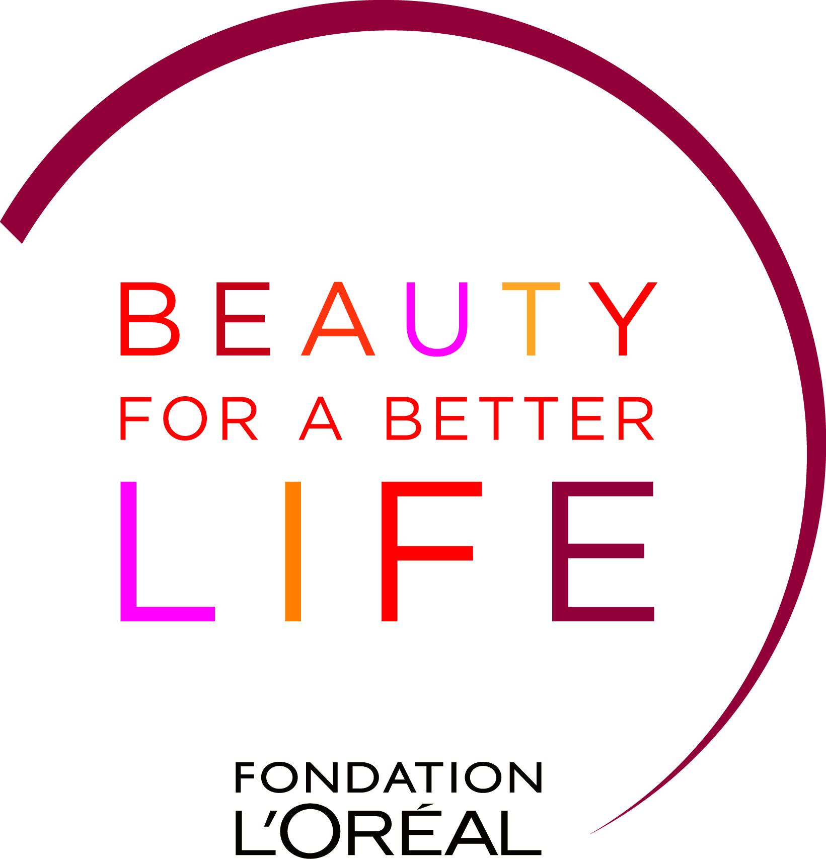 """La Fondation L'Oréal, soutien du CAP Coiffure du Lycée dans son Programme """"Beauty for a better life"""""""