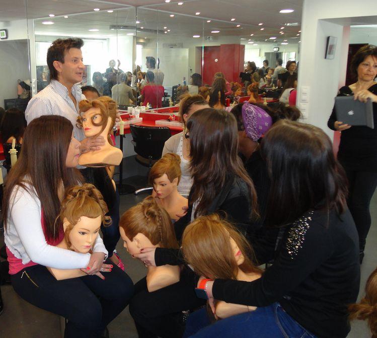 Préparation au concours L'Oréal au salon de coiffure du Lycée